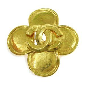 CHANEL CC Clover Motif Brooch Pin Corsage